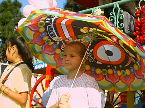 Girl w umbrella