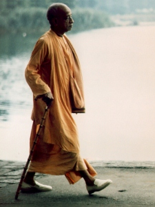 3x4-vertical-prabhupada-walking-by-water-image