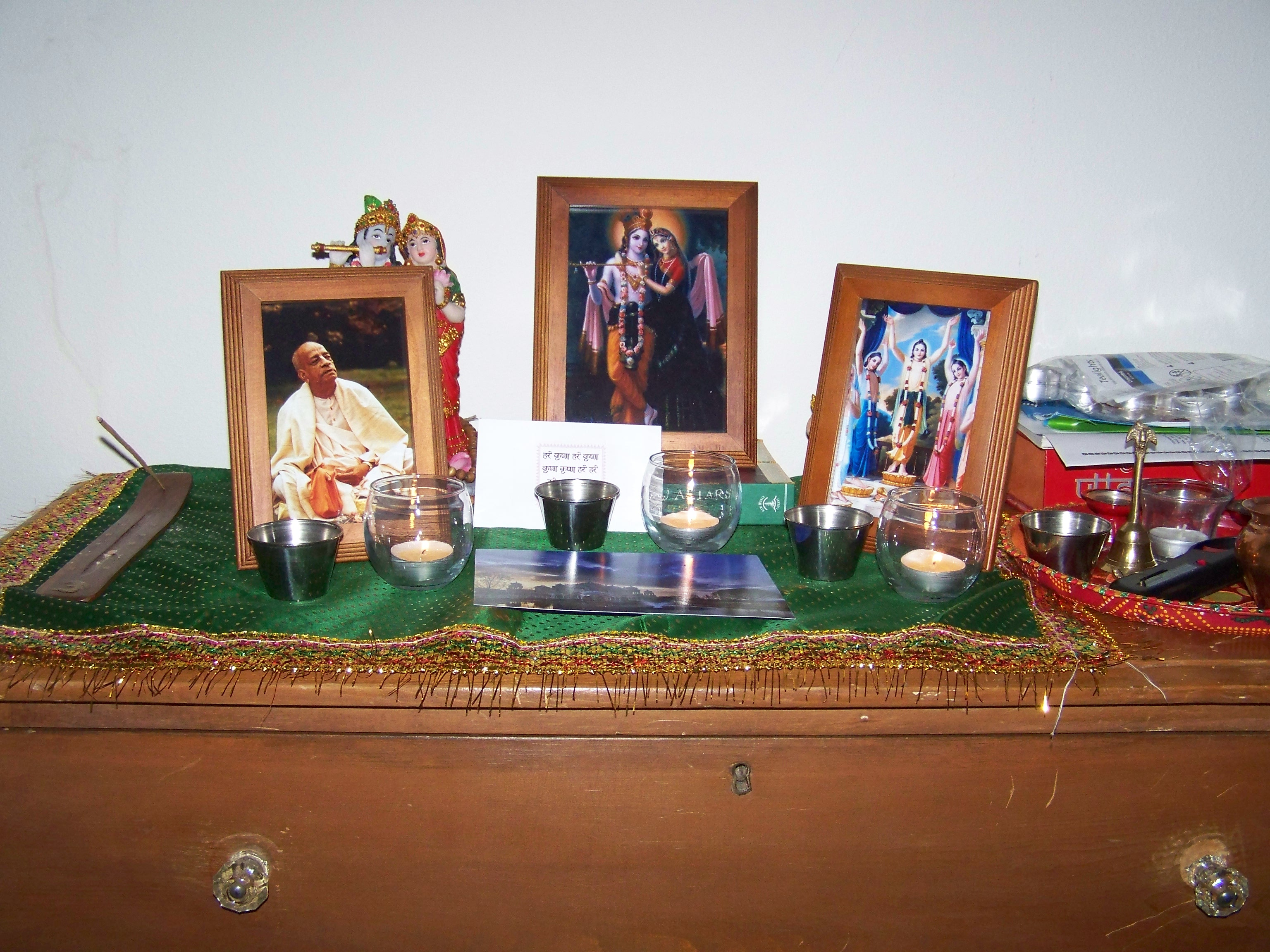 Setting Up a Home Altar